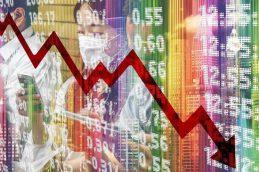 Экономист предрек россиянам осенью крах хуже 1999 года