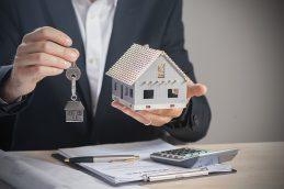 Риски при залоге недвижимости для кредитора и заемщика