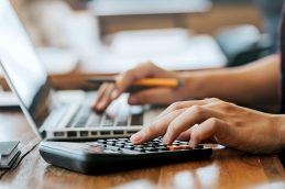 Потерявшим лицензию страховщикам ограничат операции с активами