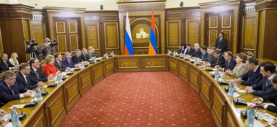Совет Федерации одобрил расширение доступа экспортеров к продуктам экспортного страхования