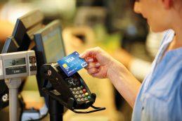 X5, «Сбер» и Visa запустили сервис оплаты взглядом в магазинах ретейлера