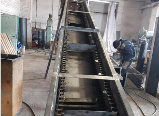 Характеристики скребкового конвейера подачи угля и забора золы